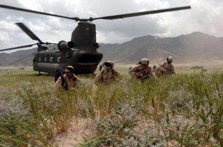 US-Soldaten_nahe_Bangram_in_Afghanistan_Juni2005_klein_1.JPG