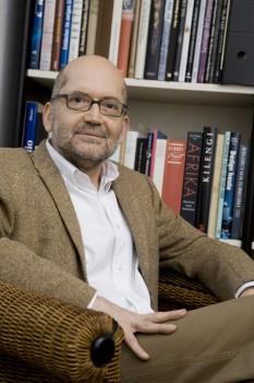 Ralf-Peter Märtin, Geschichtsjournalist