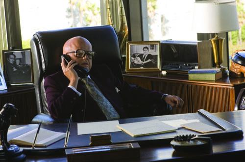 Taktieren am Telefon: Nixons Agent Swifty Lazar (Toby Jones) zieht die Strippen im Hintergrund.