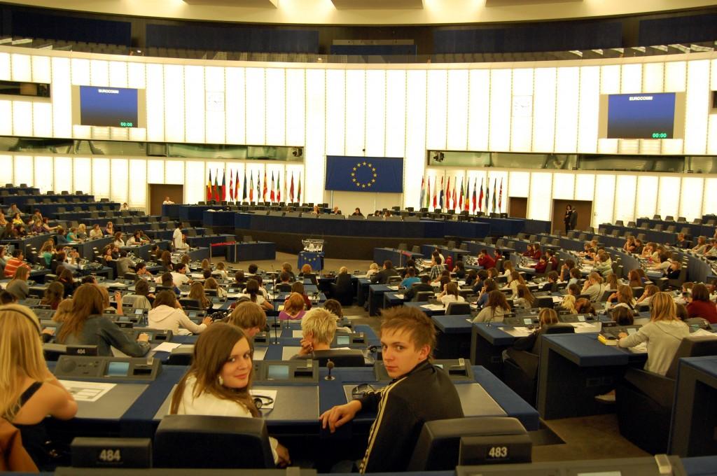 Die Dimensionen internationaler Verhandlungen werden im Plenarsaal deutlich