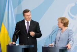 Der ukrainische Präsident Janukowitsch und Bundeskanzlerin Merkel am 30. August 2010.