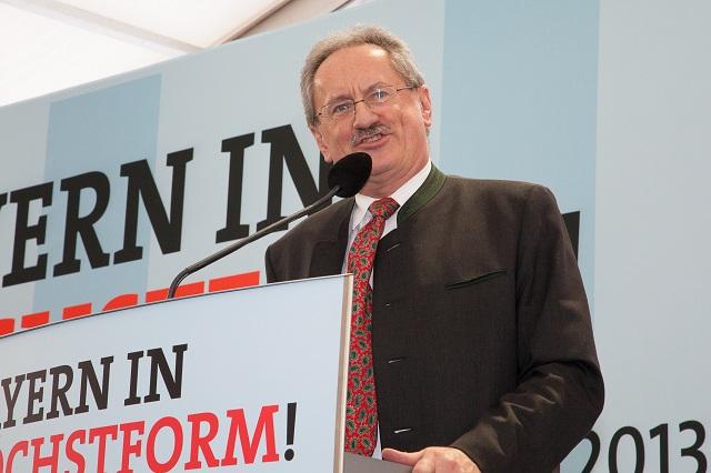 Spitzenkandidat Christian Ude auf dem politischen Aschermittwoch der SPD in Vilshofen