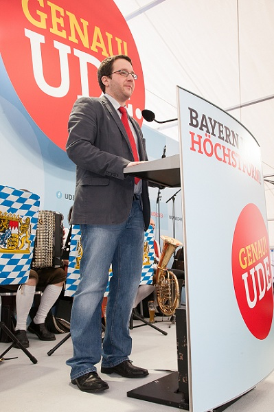 """Der SPD-Ortsvorsitzende Florian Gams. """"Es sind schon immer brutal gute Leut' geschickt worden."""""""