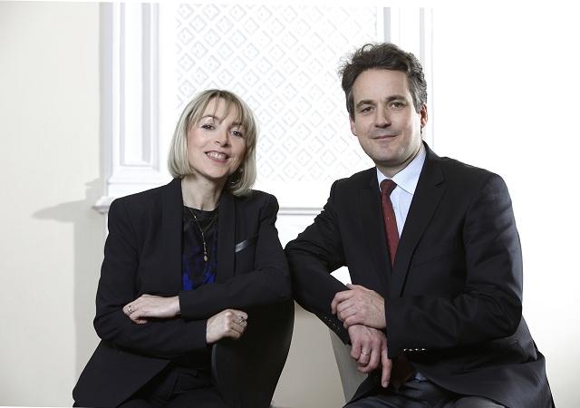 Gemeinsam eröffneten die Generalsekretäre des DFJW, Béatrice Angrand und Markus Ingenlath, das Deutsch-Französische Jugendforum