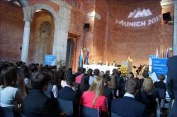 Photo 4- Eröffnungsrede - Staatsministerin für Bundes- und Europaangelegenheiten, Emilia Müller