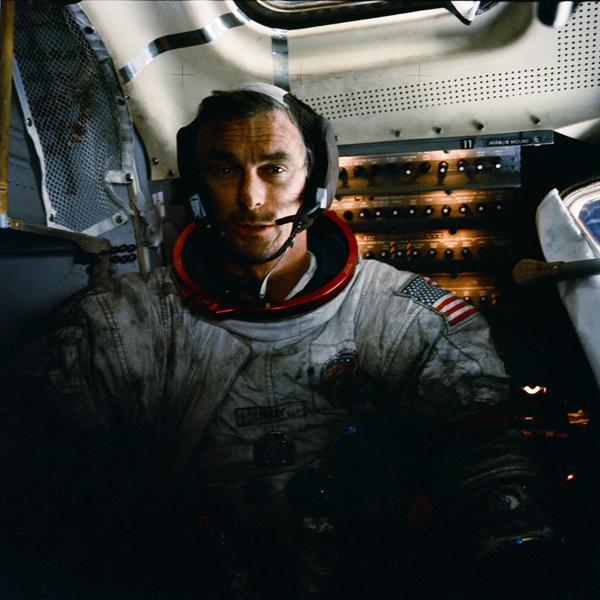 Eugene Cernan nach einem Mondspaziergang