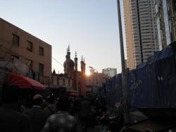 Uigurischer Markt in Ürümqi - Mai 2014.