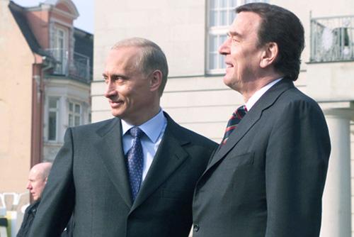 Wladimir Putin und Gerhard Schröder 2002