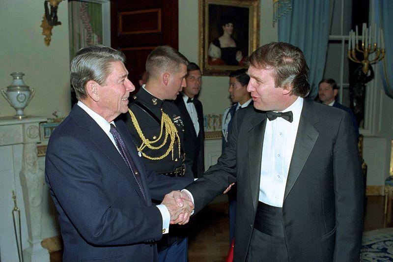 Trump trifft Ronald Reagan 1987 im Weißem Haus