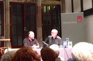 Andrej Kurkow (links) im Kölner Literaturhaus